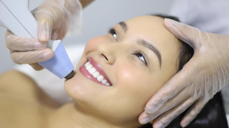 Estiramiento Facial No quirúrgico