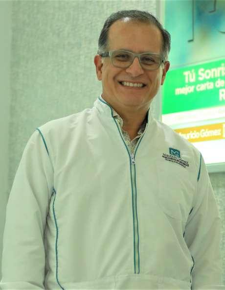 Dr. Mauricio Gómez